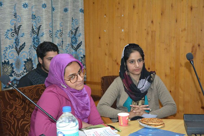 Creative Writing Workshop enraptures youth in Pulwama