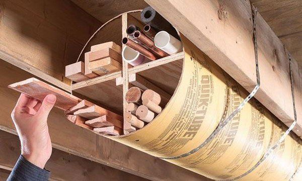 Overhead Garage Tubular almacenamiento.  Solución inteligente para almacenar cosas como adornos de madera, Franja de borde y tuberías.