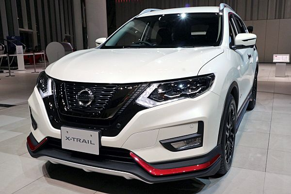Nissan Expands Nismo Lineup Makes Rogue Look Quicker W Video Carscoops In 2020 Nissan Xtrail Nissan Nissan Qashqai