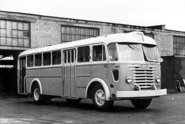 1951-59 ikarus 60t 1.744db