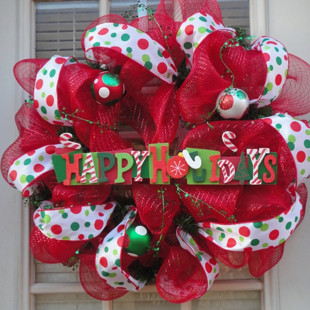 Cute! Love Christmas time!