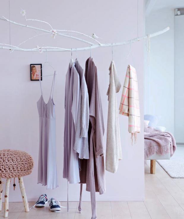 ber ideen zu kleiderstange wand auf pinterest. Black Bedroom Furniture Sets. Home Design Ideas