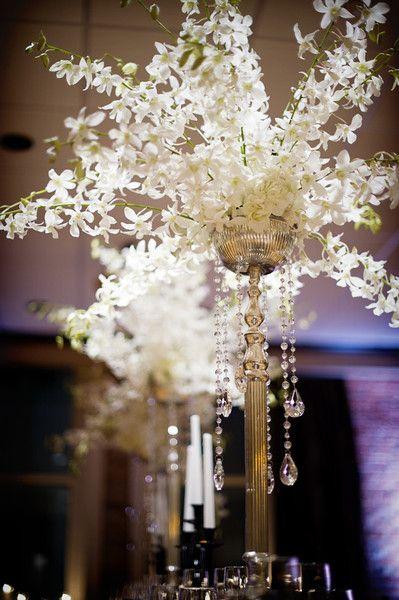 Glamorous Centerpieces, Wedding Flowers Photos by Amanda Lamb Photography - Image 6 of 11