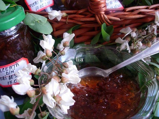 Mirodenii si mancare: Dulceata din flori de salcam