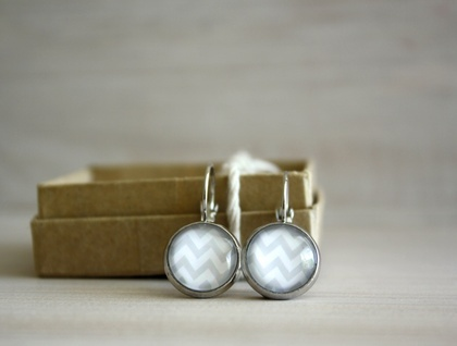 Love these chevron earrings