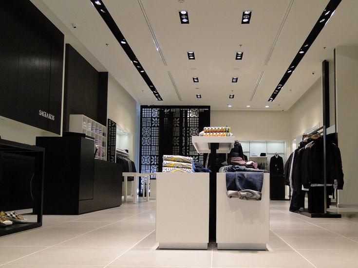 Sagiakos   Κατάστημα ενδυμάτων   Metro Mall   iidsk     Interior Design & Construction