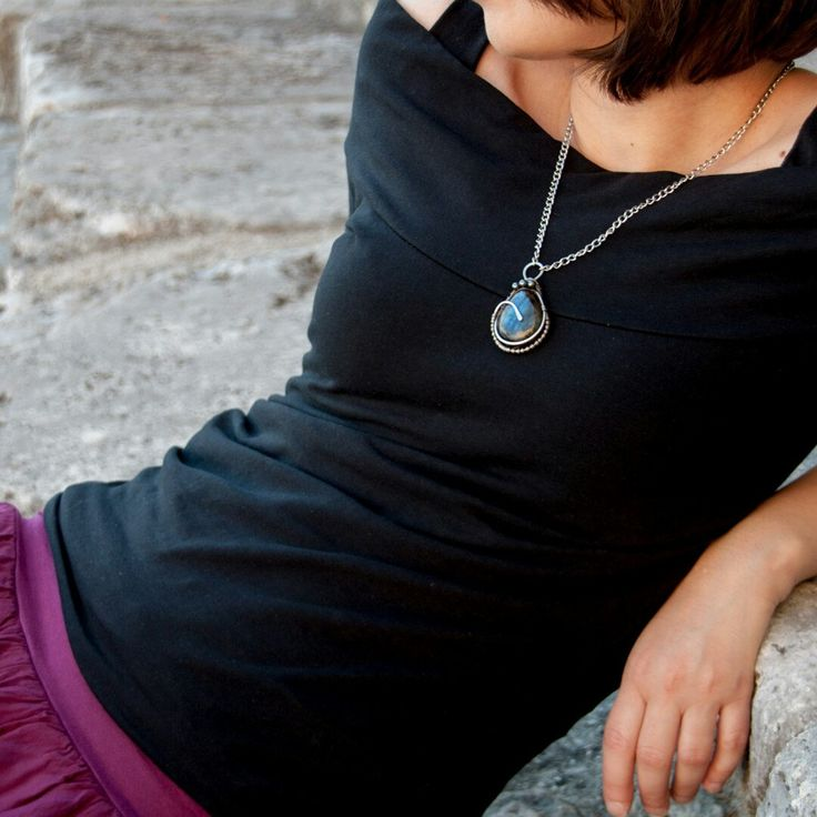 A Sterling silver blue labradorite pendant, in the framework of the Fortune Goddess' Temple in Praeneste (Rome). One of my favourites from the very first professional pics of my jewels.