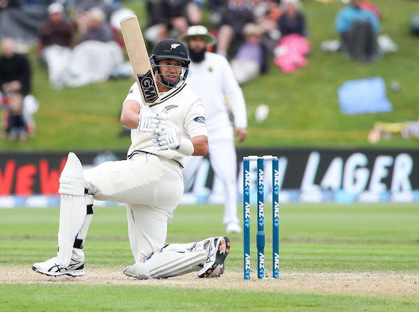 Dunedin: 2017-03-10 1st Test ANZ Series Day 3: New Zealand vs South Africa. Neil Wagner Produced A Powerful Cameo Of 32 Runs To Cap Off The New Zealand Innings. His 32 Runs Came From Two Sixes And Five Fours. He Was Well Supported Even At The End By Ross Taylor (Pictured Here) Who Put On 17 Runs With Wagner For The Tenth Wicket. As A Result, The BlackCaps Took A 33 Run First Innings Lead.