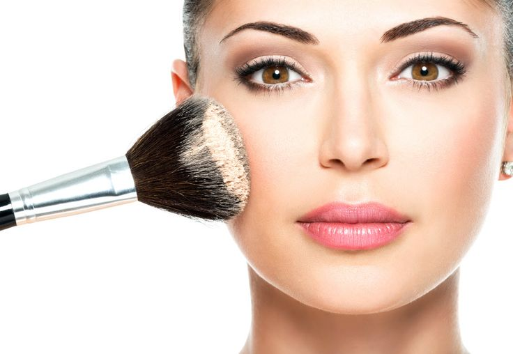 DON'T APPLY POWDER ALL OVER  Clever Makeup & Beauty Tips for Older Women – Page 11 – Tip Mom
