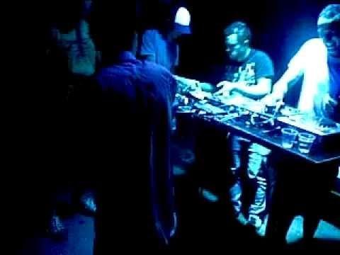 Dj Disko Lips© BeatBoxing Live at Gladstone Hotel (Part 1)