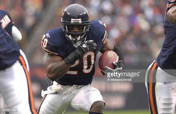 Chicago Bears Running Back Thomas Jones Against The Seattle Seahawks Chicago Bears Running Back Seattle News