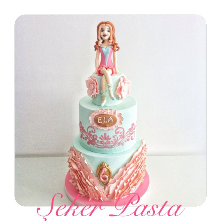 Winx clup cake