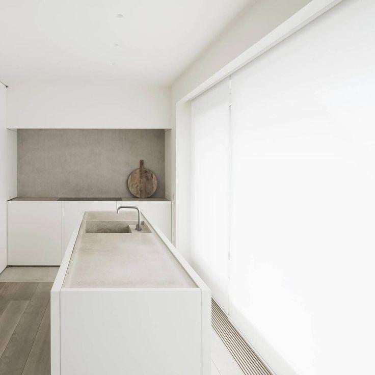 DRD Apartment Knokke, Belgium by Vincent Van Duysen 📷 Koen Van Damme #interior #architecture