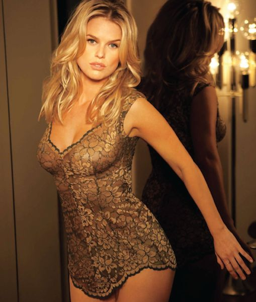 Alice Eve Is Still Way Out Of Our League (3 Of 13)