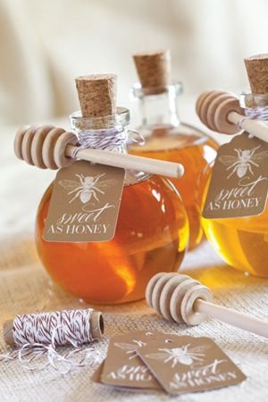 Honey wedding favor | Eco Friendly Wedding Favors. We have lots of local honey producers in Florida, so it would be a fun, local gift! I can help you with this!