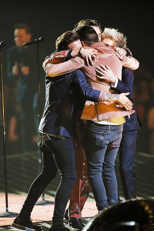 I can't believe it's been 6 years I'm so incredibly proud of you boys I can't wait till you come back! We are here waiting and will support you guys is much I can't explain how much I love you boys you've helped me through everything, I love you❤️~Autumn