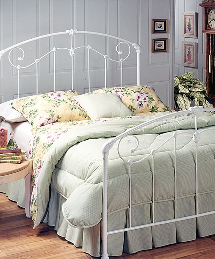 25 best ideas about bed frame rails on pinterest wood twin bed farm house headboard and. Black Bedroom Furniture Sets. Home Design Ideas