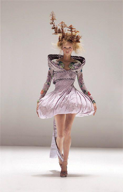 Alexander McQueen Savage Beauty Runway Outfits