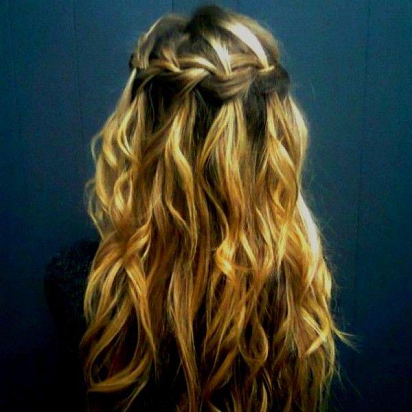 Hailey can do that: Waterfalls Braids, Hairstyles, Waterf Braids, Hairs Idea, Wavy Hairs, Weddings Hairs, Hairs Styles, Waterfall Braids, Long Hairs