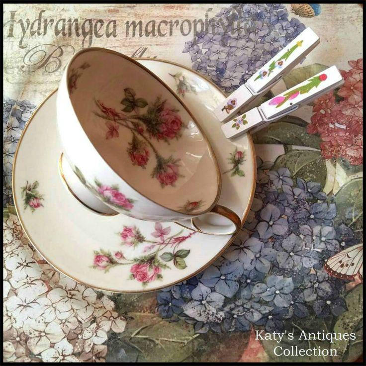 Tea cup and saucer, Bavaria - Germany, Tirschenreuth Porcelain, 1940.