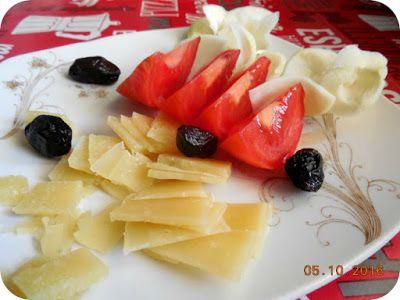 Miercurea fara carne 05 Octombrie - rosii, branza fermentata, gulie si masline