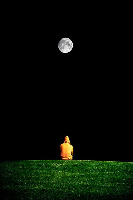 If we are both looking at the moon at the same time it's almost like we're together. Almost.