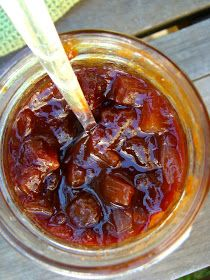 Family Feedbag: Spiced pear chutney