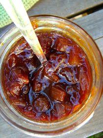 Family Feedbag: Spiced pear chutney