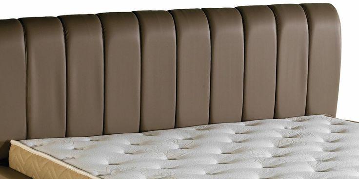 Narda Lydia Bed is designed with an upholstered heaboard | Narda Lydia Karyola döşemeli bir yatak başlığı ile tasarlanmıştır.