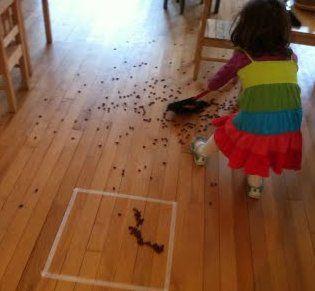 Metodo Montessori attività di vita pratica 4