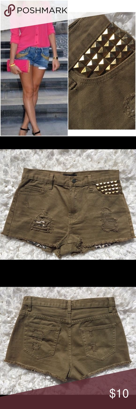 Khaki High Waist Gold Studded Pocket Tribal Shorts Olive Khaki High Waist Gold Studded Pocket Tribal Shorts. These cute shorts have a destroyed theme and a tribal/Aztec print under the ripped part. Cute with a loose tee and boots! Can be styled SO many ways! Listing them as 'Green' because they are close to an 'Olive' color. Style photo is not mine and is for style purposes only. Forever 21 Shorts