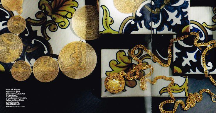 Vogue Gioiello - Edição de 2012 Yellow gold necklace with diamonds. The pendant is a traditional piece of the portuguese jewellery.