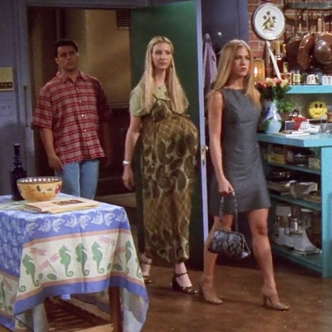#14, #17, and #21 50 of the Best Outfits From All 10 Seasons of Friends
