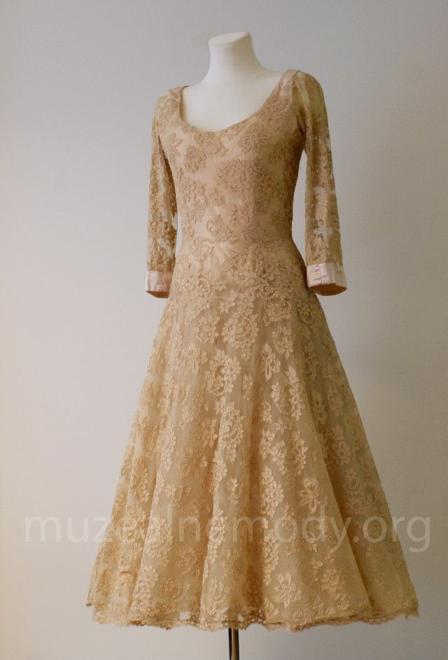 MAGGY ROUFF couture, labeled dress, 1950s.