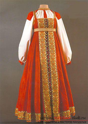 Создать выкройку русского народного сарафана своими руками для женщин, используя описание и фото.