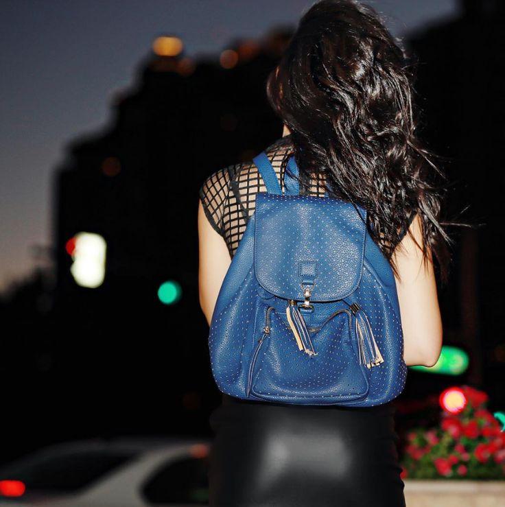Komfortabel, praktisk OG elegant 😍👀 #kommersnart #ryggsekk #mote #fashion #dinevesker