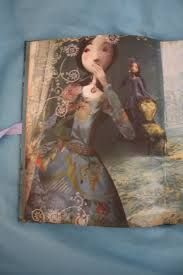 Las doce princesas bailarinas Érase una vez doce princesas tan bellas, que su padre decide encerrarlas cada noche bajo llave para protegerlas. Un mágico cuentos d elos hermanos Grimm I1