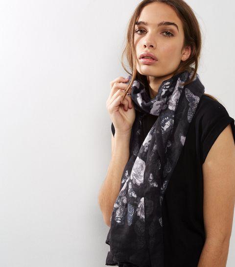 Long foulard noir à imprimé fleurs et papillons