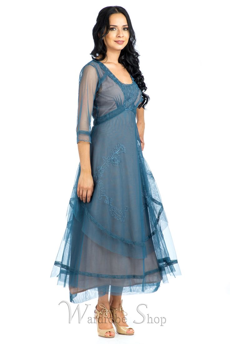 579 beste afbeeldingen van nataya dresses for Plus size vintage style wedding dresses