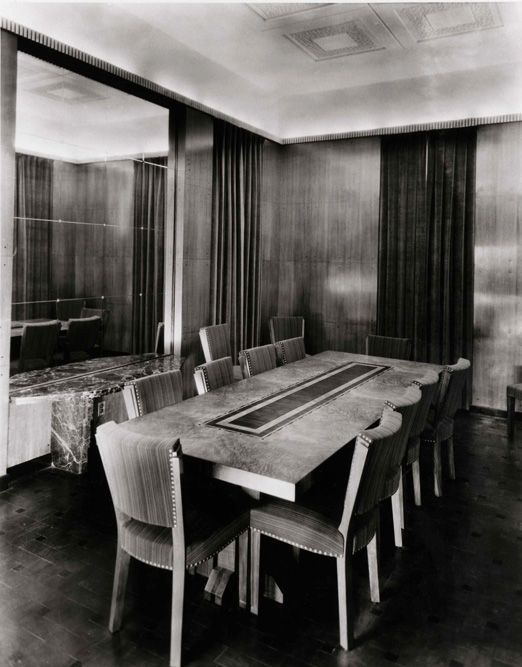 17 best images about art deco dining room on pinterest craftsman houses su - Decoration maison 1930 ...