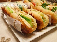 Sandviç Ekmeği Tarifi Nasıl Yapılır? Kevserin Mutfağından Resimli Sandviç Ekmeği tarifinin püf noktaları, ayrıntılı anlatımı, en kolay ve pratik yapılışı.