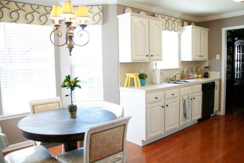 Cute color scheme: Wedding Ring, Paintings Kitchens Cabinets, Kitchens Valances, Paintings Cabinets, Kitchens Redo, Young House Love, Window Treatments, Kitchens Makeovers, Diy Window