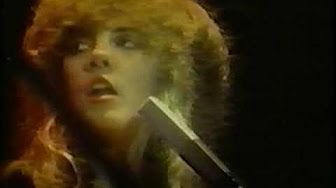 Stevie Nicks wearing a mini-skirt, performing Gold Dust Woman with Bob Welch - YouTube