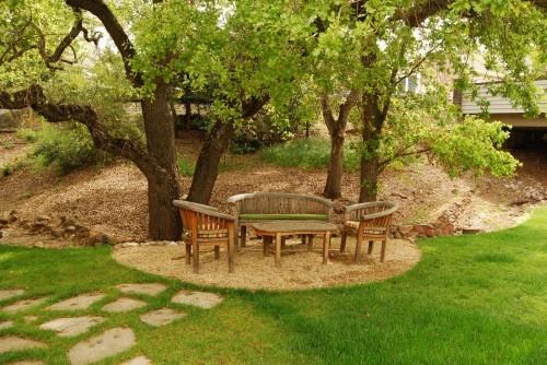 crushed stone patio