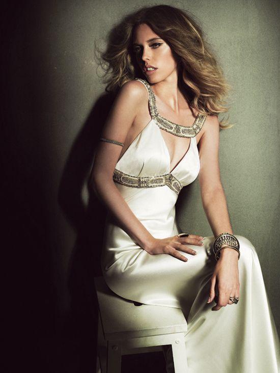 greecian bride: Johnson S Stunning, Johanna Johnson S, Weddinggown Sheath, Wedding Ideas, Johnson Wedding, Wedding Gowns, Gown Ideas, Johnson Templar, Greecian Bride