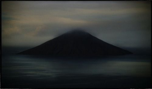 Bill Henson  The symmetry to this picture is simple but bold. I love how it brings a photo together as a whole, makes it feel like there's nothing missing. I would like to bring this technique into my work to give my images more depth.