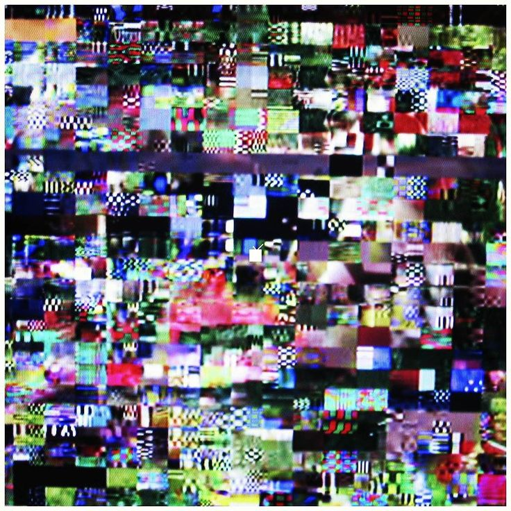 La tv no será el futuro. El muro no puede escuchar. Interrumpe el programa. #tv #futuro #muro #escuchar #0tml0 #pixel