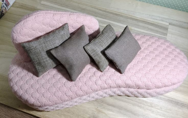 作っていました。|カズミンブログ ドール用ベッド&ソファー・・他いろいろ♡