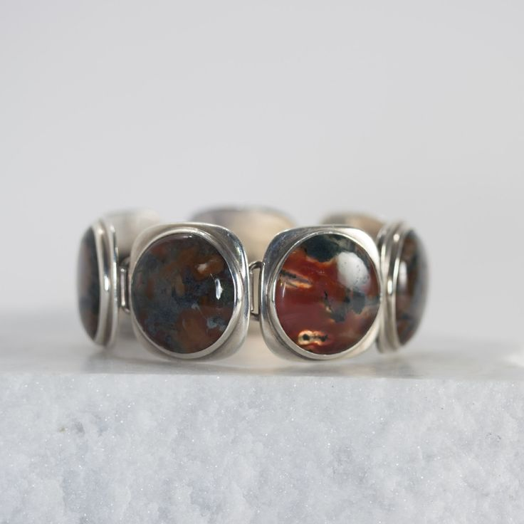 Silver and agate bracelet by Bent and Anni Knudsen