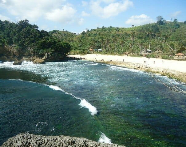 Indahnya Berlibur di Batu Bengkung, Malang